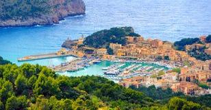 Porto de Soller, ilha de Mallorca, Espanha fotografia de stock