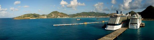 porto de St-Maarten com navios de cruzeiros Fotos de Stock Royalty Free