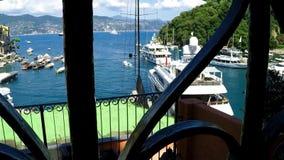 Porto del ` s di Portofino, depressione di vista superiore un vecchio portone video d archivio