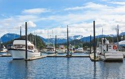 Porto della barca dell'Alaska Hoonah Immagine Stock
