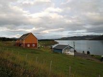 Porto 2 della città del fiordo di Talvik Norvegia immagini stock libere da diritti