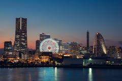Porto della città di Yokohama nel tramonto durante la stagione invernale Fotografia Stock