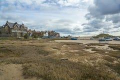 Porto di Alnmouth a bassa marea Immagini Stock