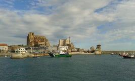 Porto di Castro Urdiales Immagine Stock Libera da Diritti
