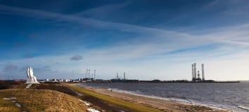 Porto di Esbjerg, Danimarca con gli uomini in mare Fotografia Stock Libera da Diritti