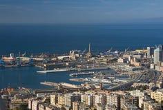 Porto di Genova, panorama fotografie stock libere da diritti