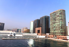 Porto di Hong Kong e paesaggio urbano urbano Fotografie Stock Libere da Diritti