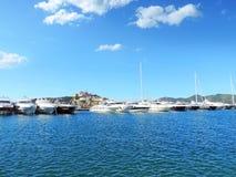 Porto di Ibiza, vista alla fortificazione fotografie stock libere da diritti