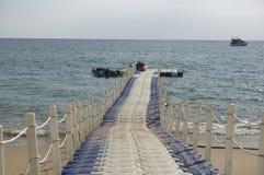 Porto di plastica di galleggiamento, pilastro Fotografie Stock Libere da Diritti