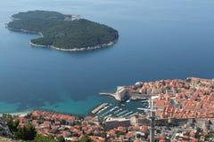 Porto di Ragusa Vecchia città Isola di Lokrum Immagini Stock