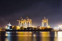 Porto di spedizione industriale Immagini Stock