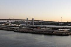 Porto di trasporto della Nuova Inghilterra ad alba fotografie stock