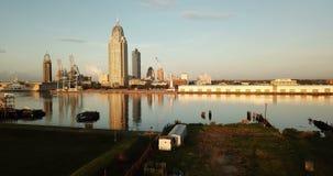 Porto do centro móvel da costa do golfo da skyline da cidade de Alabama vídeos de arquivo