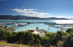 Porto do porto da praia de Airlie, entrada às ilhas whitsunday, Imagens de Stock