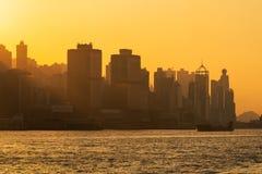 Porto do porto de Hong Kong Logistic com construção alta da elevação imagens de stock