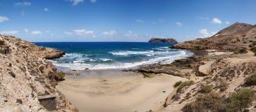Porto DOS Frades och Serra de Fora strand. Arkivfoto