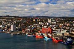 Porto e cidade da Terra Nova de St John. Imagens de Stock Royalty Free