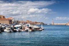 Porto e farol de Chania na ilha da Creta, Grécia Imagem de Stock Royalty Free