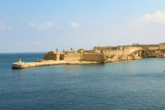 Porto e forte grandes de Ricasoli em Kalkara - Valletta, Malta imagens de stock royalty free