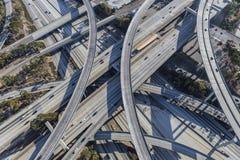 Porto e intercâmbio da autoestrada do século em Los Angeles imagem de stock royalty free