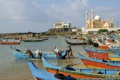 Porto e moschea di pesca di viaggio-Vizhinjam Immagini Stock