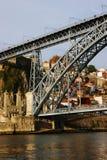 Porto: Een deel van Don Luis Brug Stock Fotografie