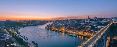 Porto en Vila Nova de Gaia van Serra do Pilar wordt gefotografeerd die portugal Royalty-vrije Stock Foto's