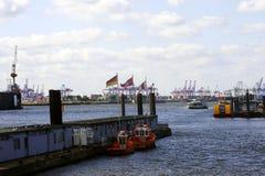 Porto industrial de Hamburgo Fotos de Stock Royalty Free