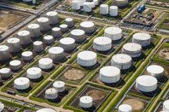 Porto industrial do depósito do óleo fotos de stock