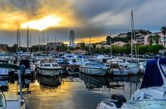 Porto internacional de Lavandou no Riviera francês imagens de stock royalty free
