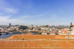 Porto kształtuje teren widok nad Douro tradicional i rzeki dachami Zdjęcia Royalty Free