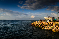Porto marítimo da cidade das férias de verão Imagens de Stock Royalty Free