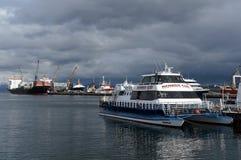 Porto marítimo de Ushuaia - a cidade do extremo sul no mundo Imagens de Stock Royalty Free