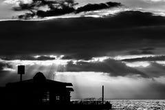 Porto marítimo majestoso da cidade das férias de verão Fotos de Stock Royalty Free