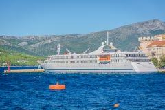 Porto marittimo in città Korcula, Croazia Fotografia Stock Libera da Diritti