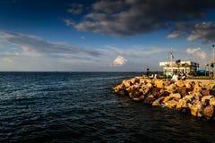 Porto marittimo della città di vacanze estive Immagini Stock Libere da Diritti