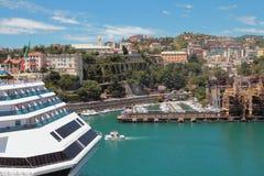 Porto marittimo e città Savona, Italia Fotografia Stock Libera da Diritti