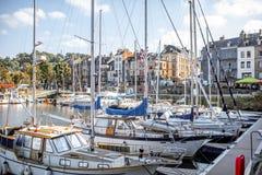 Porto na cidade de Honfleur, França imagem de stock royalty free
