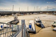 Porto na maré baixa Imagem de Stock