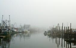 Porto na névoa fotografia de stock royalty free