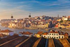 Porto (Oporto), alte Stadt auf dem Duero-Fluss, Panorama von Porto w Stockbilder