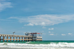 Porto pequeno vazio porto Beira-mar de Tailândia Fotografia de Stock Royalty Free