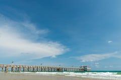 Porto pequeno vazio porto Beira-mar de Tailândia Fotos de Stock