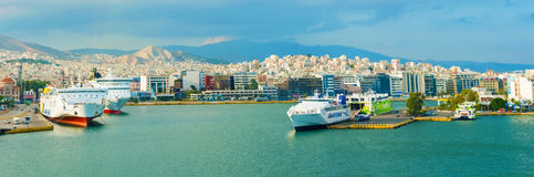 Porto Pireo, Atene del passeggero Fotografie Stock