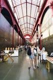 Porto, Portugal 12 août 2017 : Intérieur de la place néoclassique de bâtiment de la place de Dom Henrique de nourrisson de marché photos libres de droits