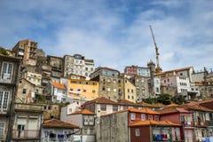 Porto, Portugal - Augustus 16, 2015: Oude Huizen in Porto Royalty-vrije Stock Afbeelding