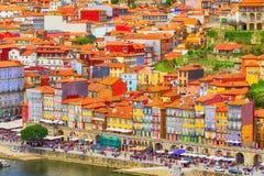 Porto Portugal gammal stadsikt med den Douro floden Fotografering för Bildbyråer