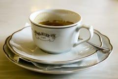 PORTO PORTUGAL - JULI 04, 2015: Det majestätiska historiska kaffet Fotografering för Bildbyråer