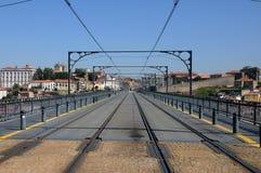 Porto, Portugal - juli 10 2010: een tramspoor Stock Foto