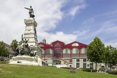 PORTO PORTUGAL - JULI 04, 2015: Ferreira Borges marknad Arkivbilder